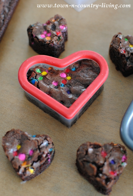 mixing up a moment with valentine's day brownies - town & country, Ideas