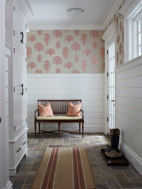 Victorian Entry With Shiplap
