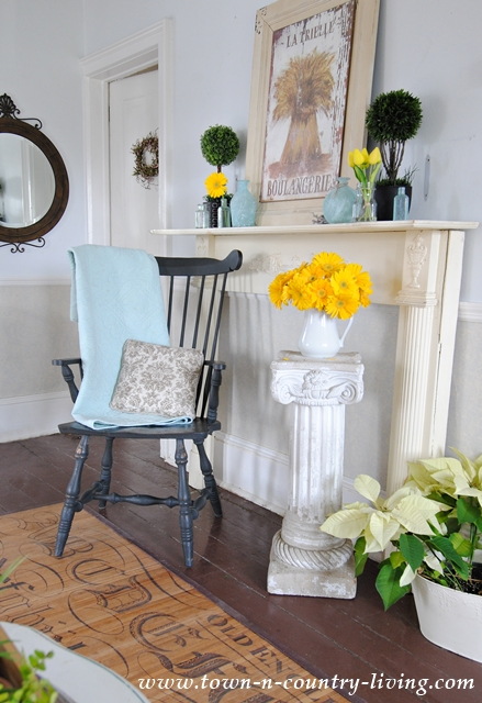 Country Style Vintage Mantel