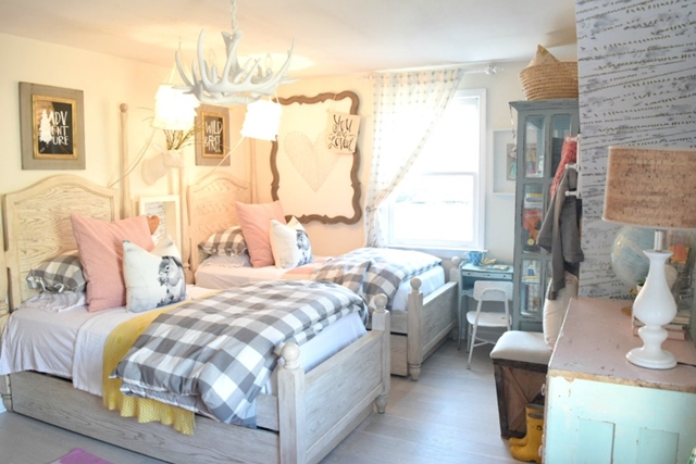 Cottage Style Girls Bedroom