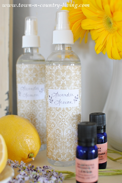 DIY Lavender Lemon Spray. Use as an air freshener or linen spray.