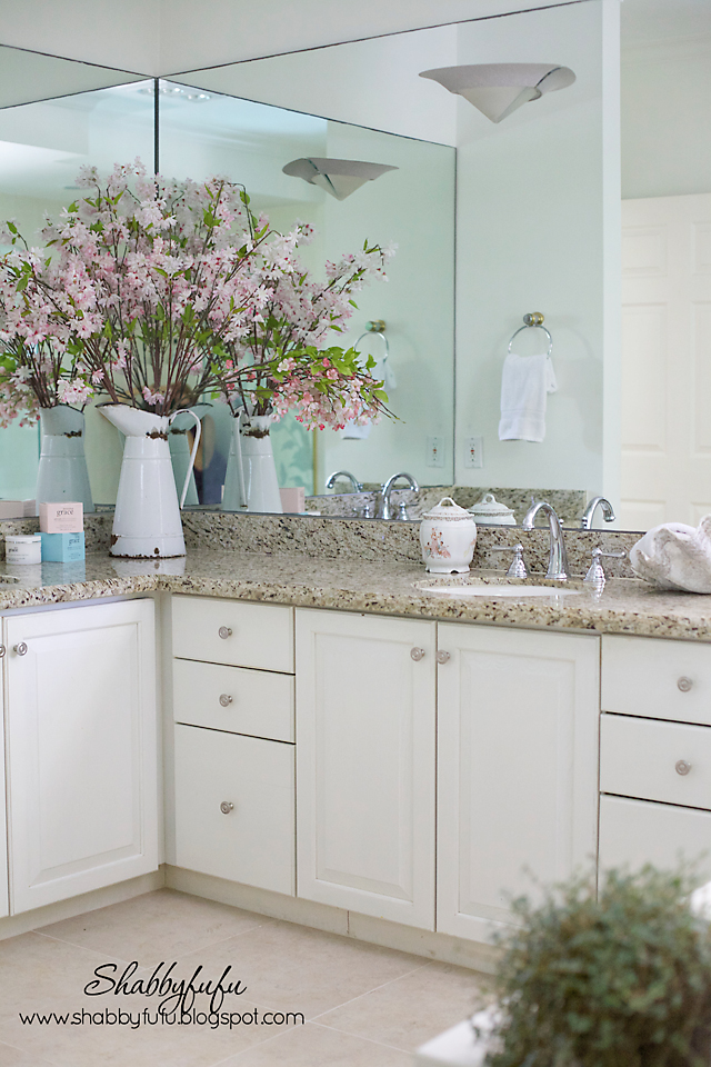 Shabbyfufu charming home tour town country living for Country living bathroom accessories