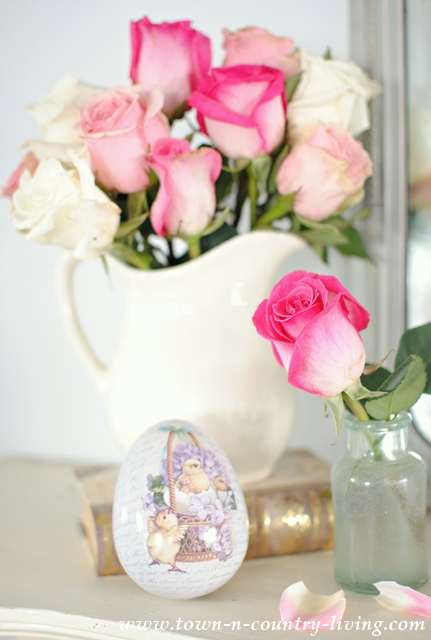 How to Create a Quick Easter Mantel