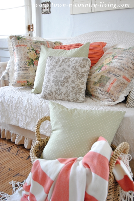 Spring Pillows in a Farmhouse Living Room