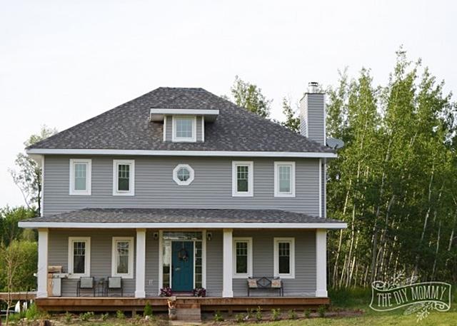 Prairie Style Charming Home