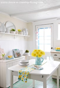 Farmhouse Kitchen Dressed for Spring