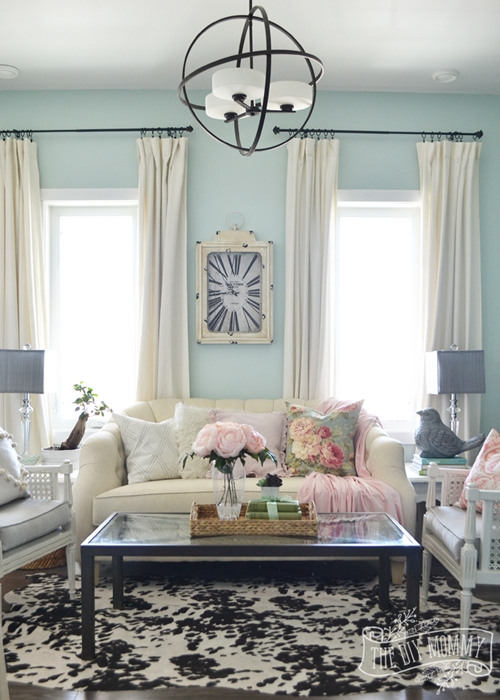 Pink and Blue Sitting Room