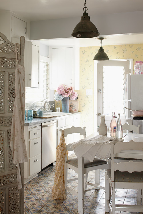 Boho chic style are you a fan town country living - Meuble style shabby chic ...