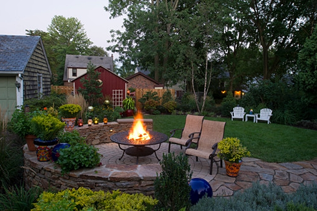 Etonnant Brick Patio With Firepit