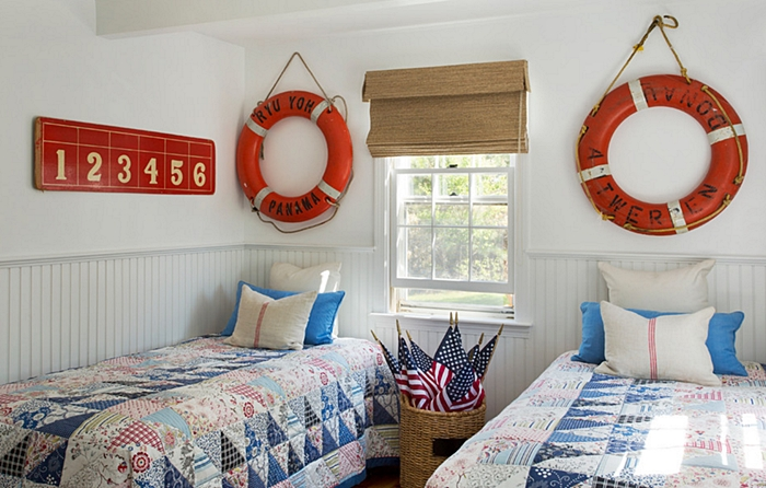 Coastal Style Bedroom in Red, White, and Blue
