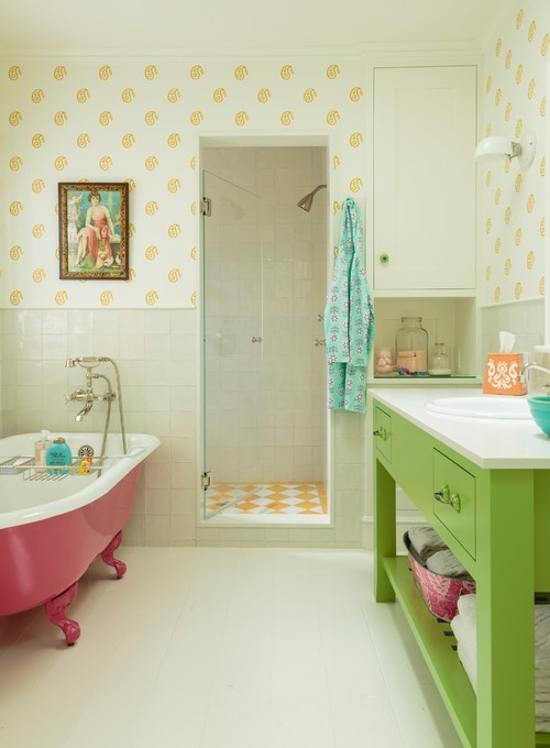 Decorating with Pink and Green in the Bathroom