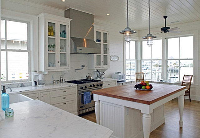 Coastal Style Kitchen