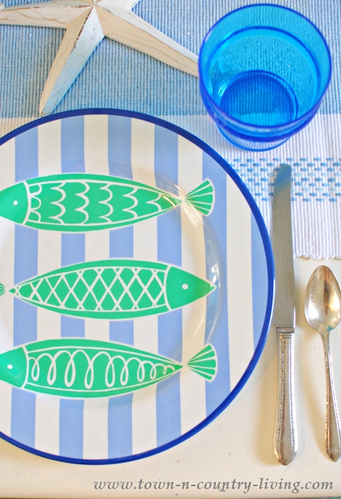 Beach Themed Dinnerware for a Coastal Style Table Setting