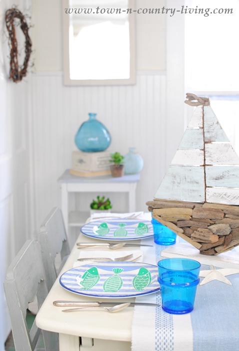 Coastal Style Table Setting