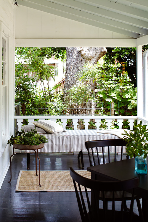 Farmhouse Porch with Daybed