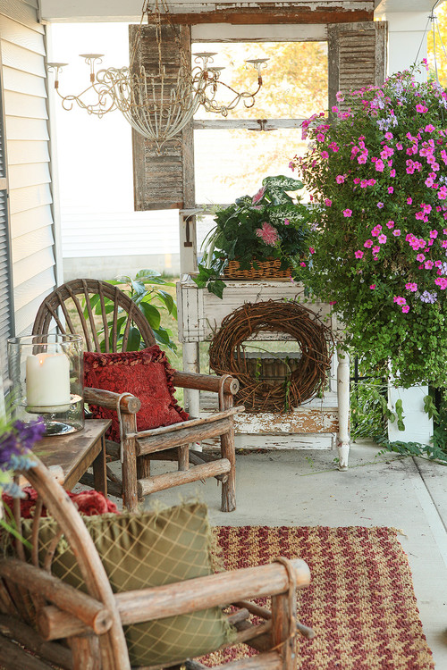Flea Market Style Farmhouse Porch