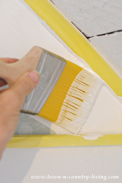How to Paint with Frog Tape brand painter's tape