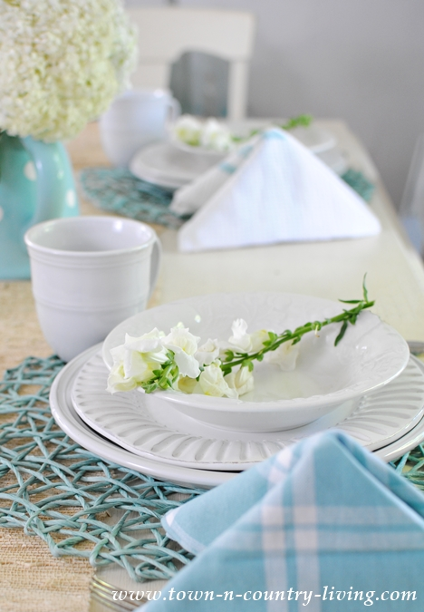 Summer Table Setting with Pyramid Napkins