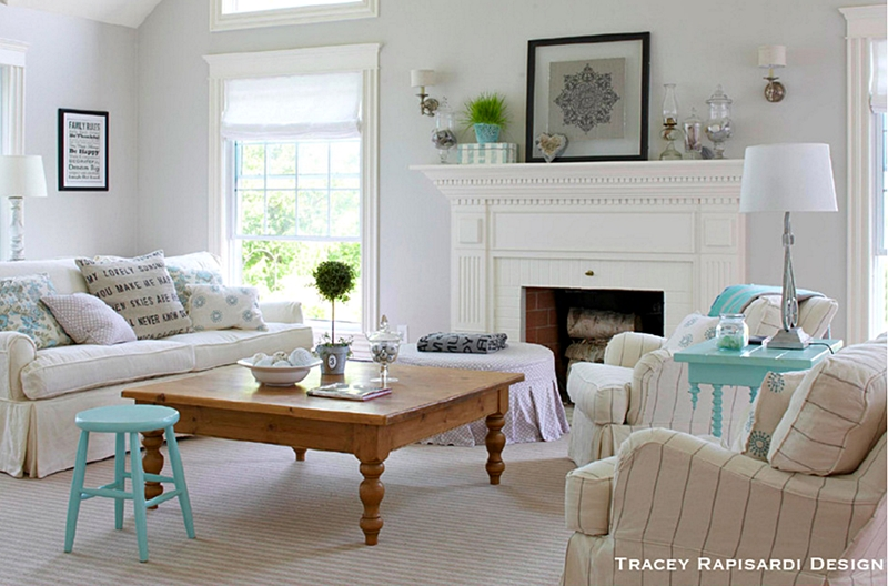 White Cottage Style Living Room