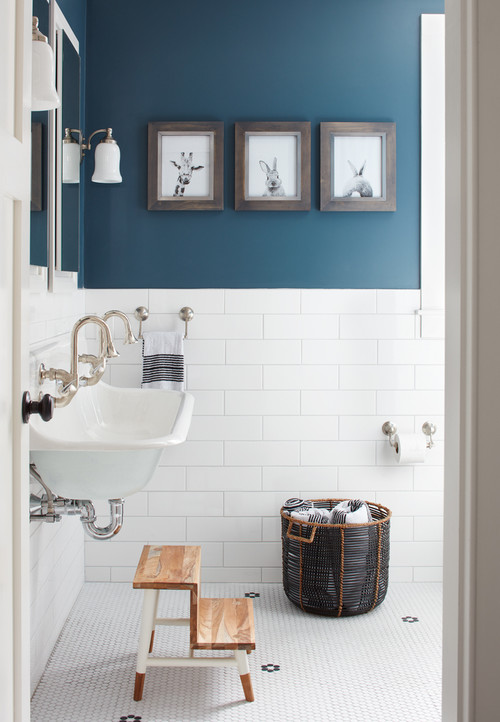 Navy and White Farmhouse Bathroom
