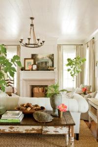 Southern Farmhouse: Charming Home Tour