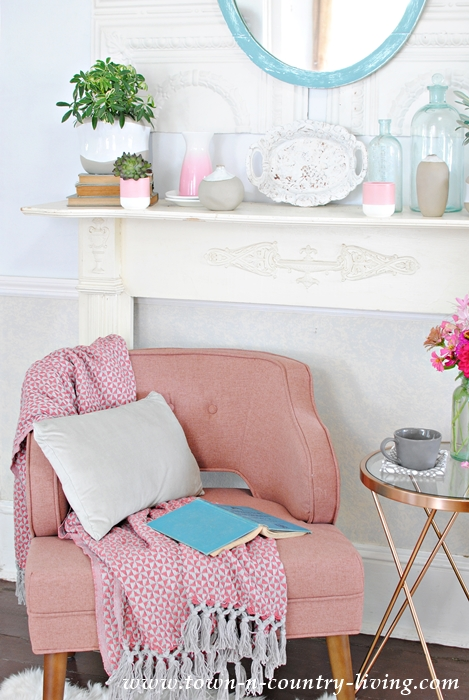 Create a Cozy Reading Nook - Town & Country Living