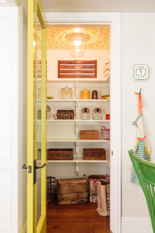 Walk-In Kitchen Pantry
