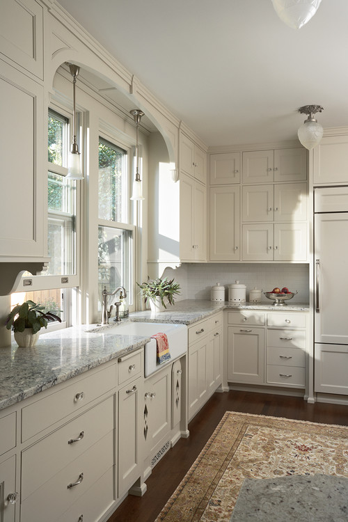 Victorian Kitchen in Neutral Tones