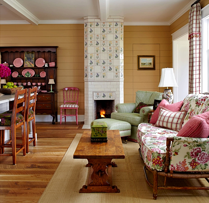 English Country Style Living Room in Pink and Green