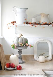 Simple Fall Decorating in the Kitchen