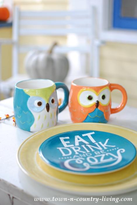 Cute Owl Mugs for Fall Dining