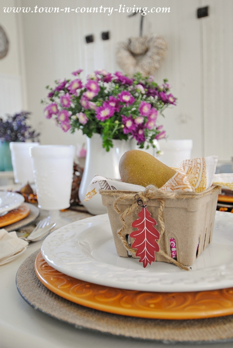 Fall Table Setting with Leaf Printables
