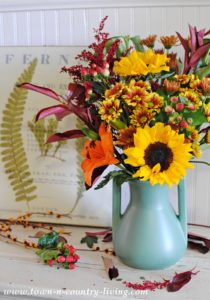Arranging Flowers with Teco Art Pottery: A Giveaway