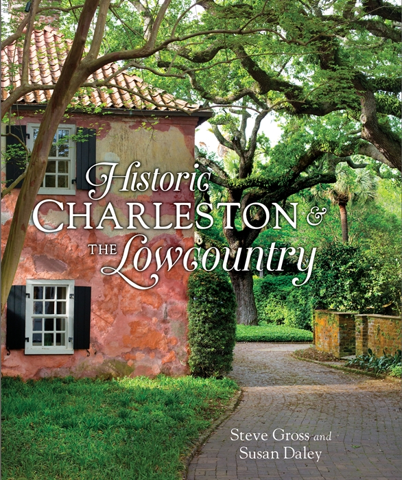 Historic Charleston and the Lowcountry. A photographic book of the area.