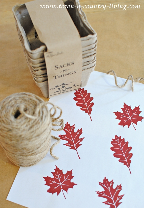 Free Fall Leaf Printable. Download it today!