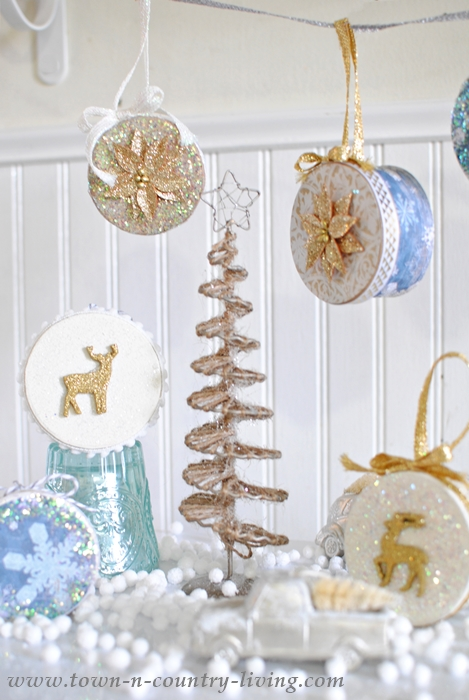 How to Make Mini Christmas Box Ornaments