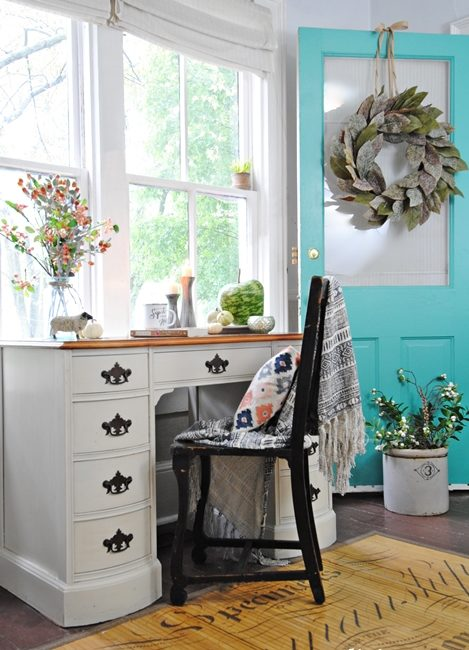Fall Decorating Ideas for the Entryway