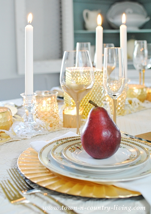 Gilded Tablescape for Holiday Entertaining