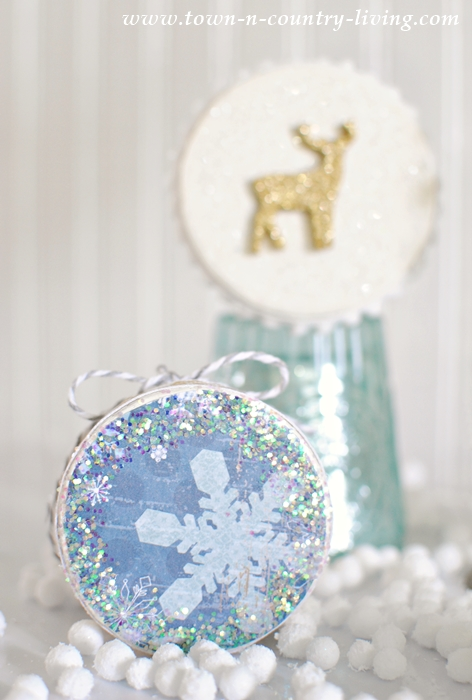 How to Make Mini Christmas Box Ornaments