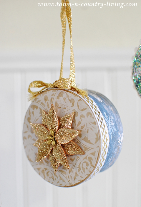 Mini Christmas Box Ornaments - see the tutorial