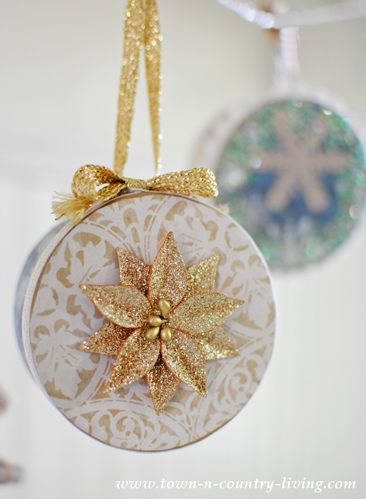 DIY Mini Christmas Box Ornaments