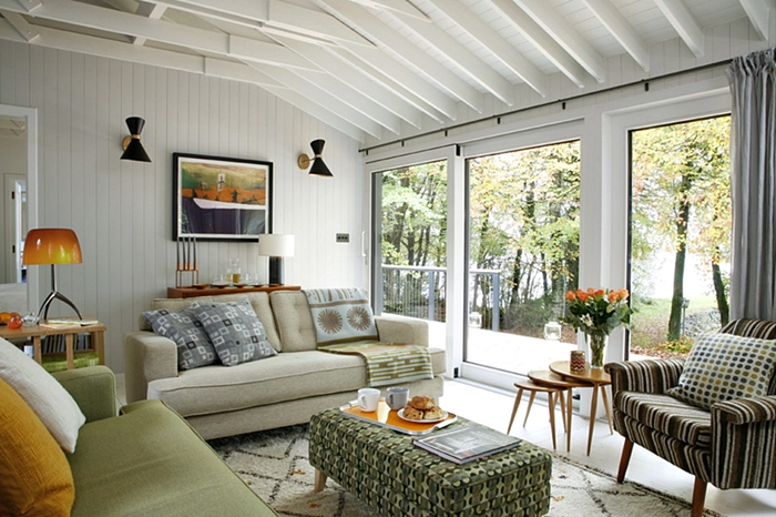 Modern Cabin Living Room with Mid-Century Style