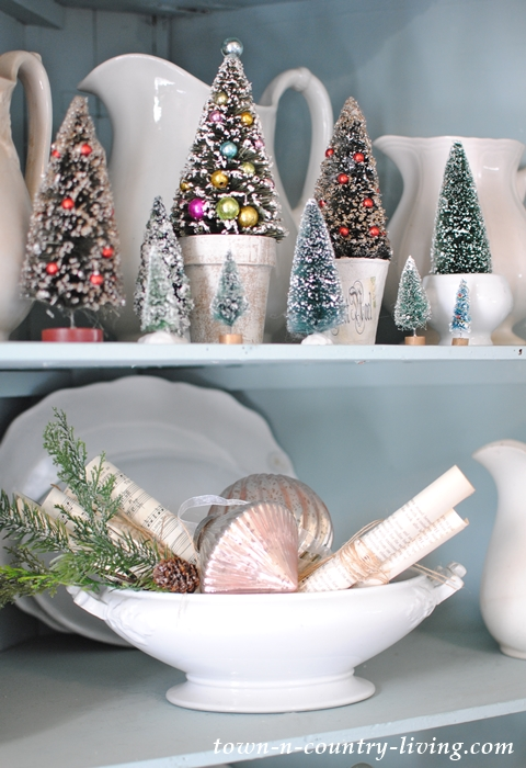 Christmas Vignettes in Farmhouse Hutch