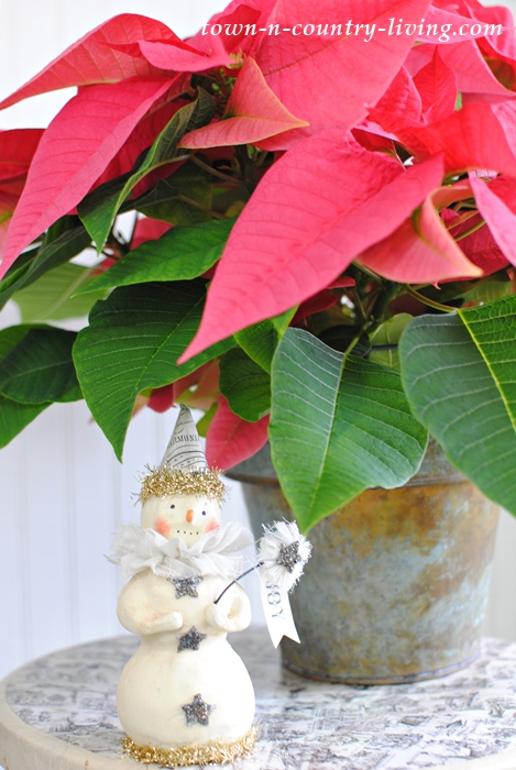 Christmas Vignette with Pink Poinsettia