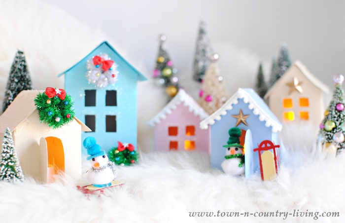 Free Printable to Create Paper Houses for a Christmas Village