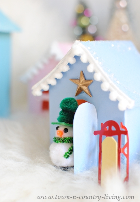 Free House Template to Print and Create Paper Glitter Houses