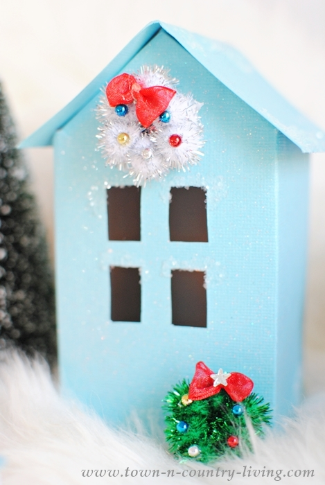 Paper Glitter House to Make a Christmas Village