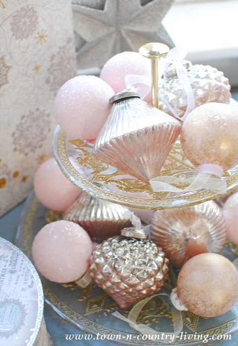 diy pink champagne christmas ornaments