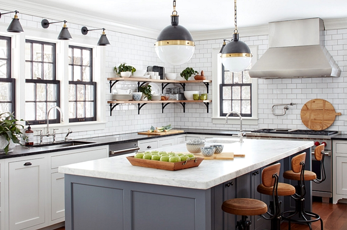 Eat-In Farmhouse Kitchen with Kitchen Island
