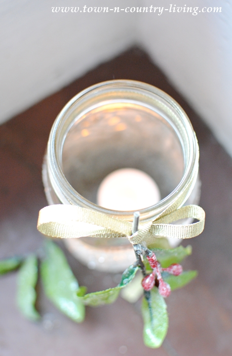 Frosted Mason Jar Votives. Quick and Easy to Make.